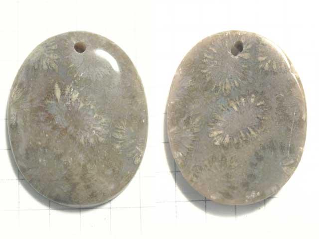 STK183T 29.4×23.4 オーバル 菊目石 1穴付